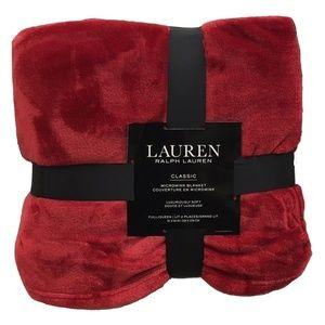 Ralph Lauren Bedding - NWT Ralph Lauren Full/Queen Micromink Blanket Red